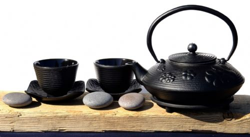Cast Iron Black Flower Teapot trivet Zen Ripple cups - Tetsubin teapot kettle, trivet & SQ cups X2
